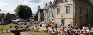 Brocante, vide-greniers des amis du château Cornudet, Crocq