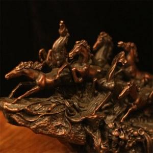 Décoration de chevaux de course en cuivre rouge