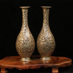 Décoration de une paire de vase en cuivre blanc